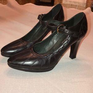 Women's Couture Donald J Plainer Heels